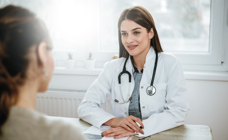Doctor answers patient questions