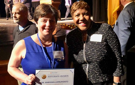 Mary Ann LoFrumento accepts NJ Jefferson award